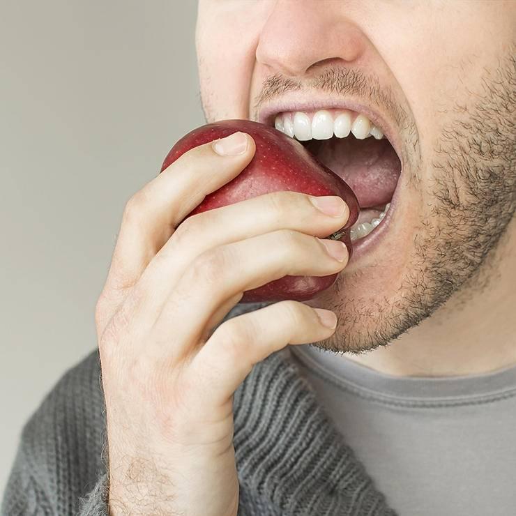 Почему появляется горечь во рту после лечения антибиотиками и что с этим делать?
