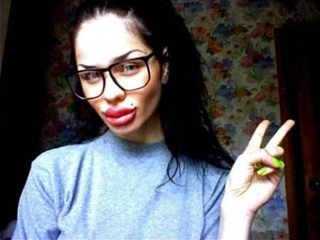 Самые большие губы в мире. самые большие силиконовые губы (фото)