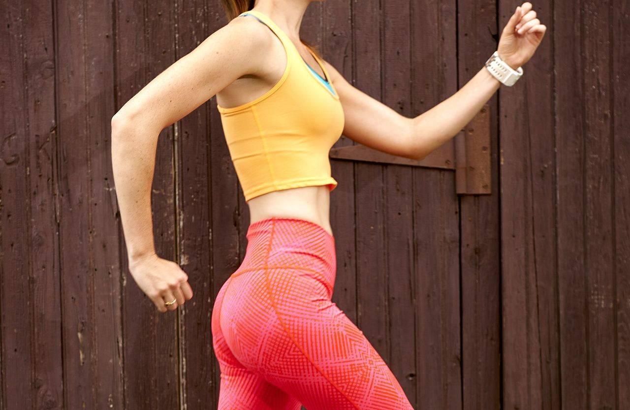 Можно ли бегать и заниматься спортом во время месячных