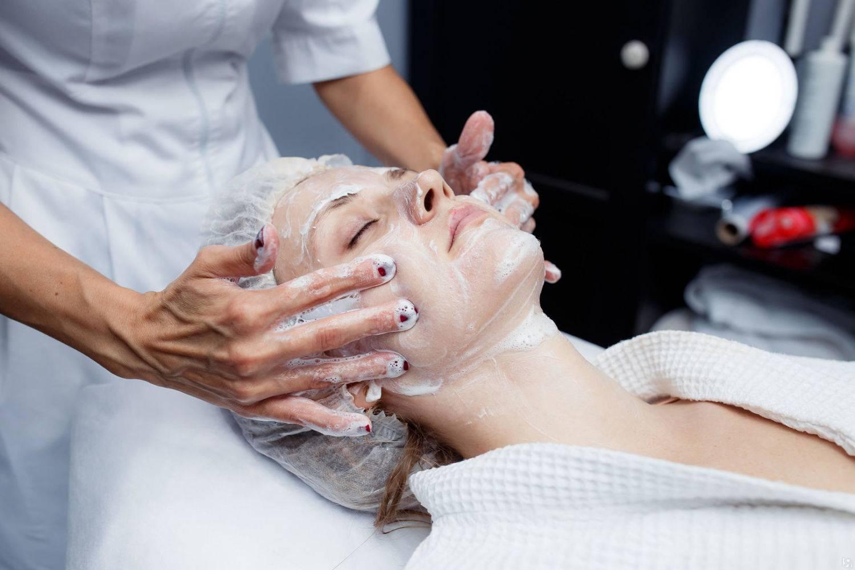 Омоложение кожи вокруг глаз: как сделать безопасно и эффективно