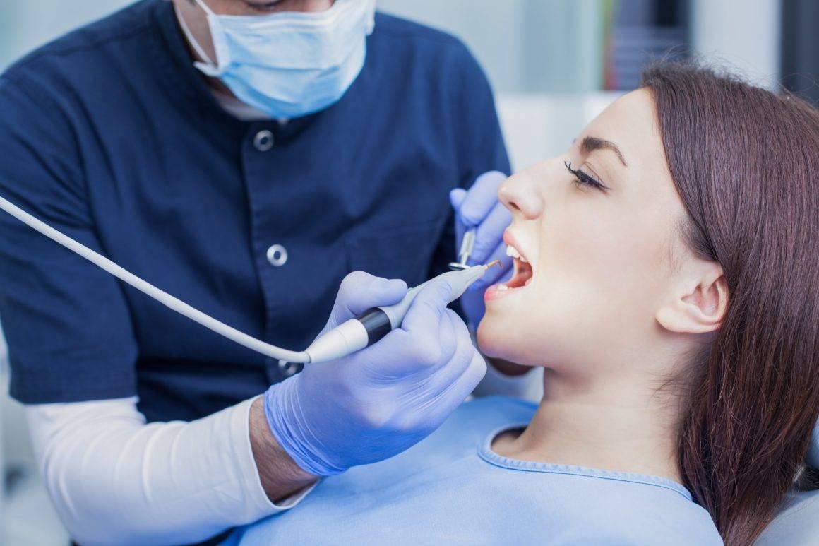 Удаление пульпы зуба: показания, техника лечения пульпита и этапы процесса, риски и осложнения