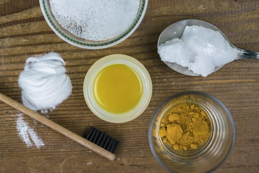 Рецепты как сделать домашнюю зубную пасту своими руками