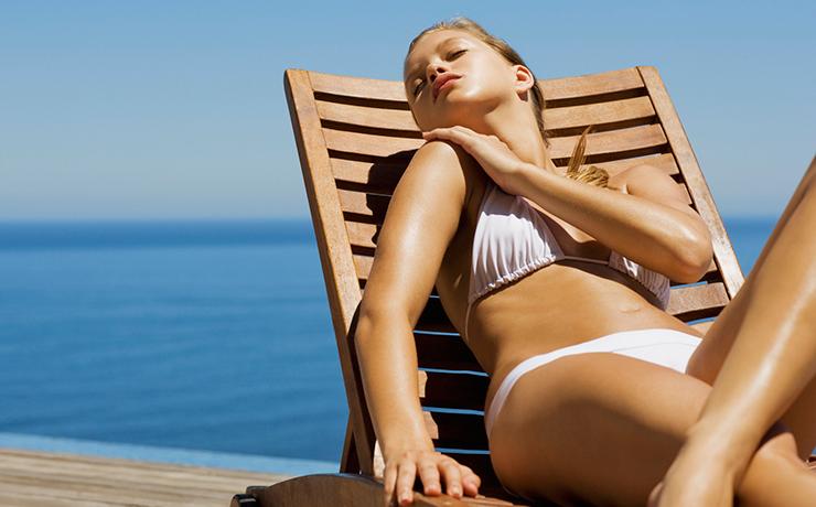 Как правильно загорать на солнце