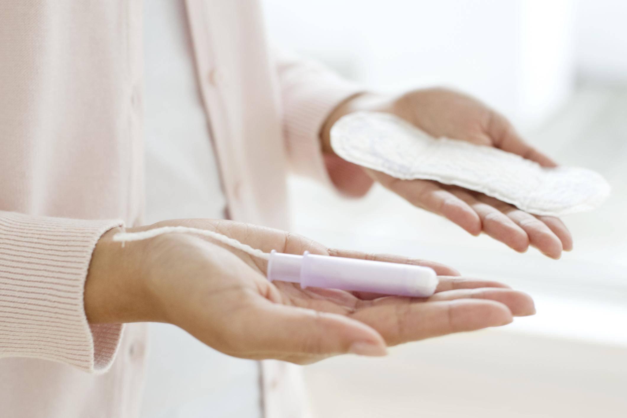 Почему кровит шейка матки: причины и методы лечения