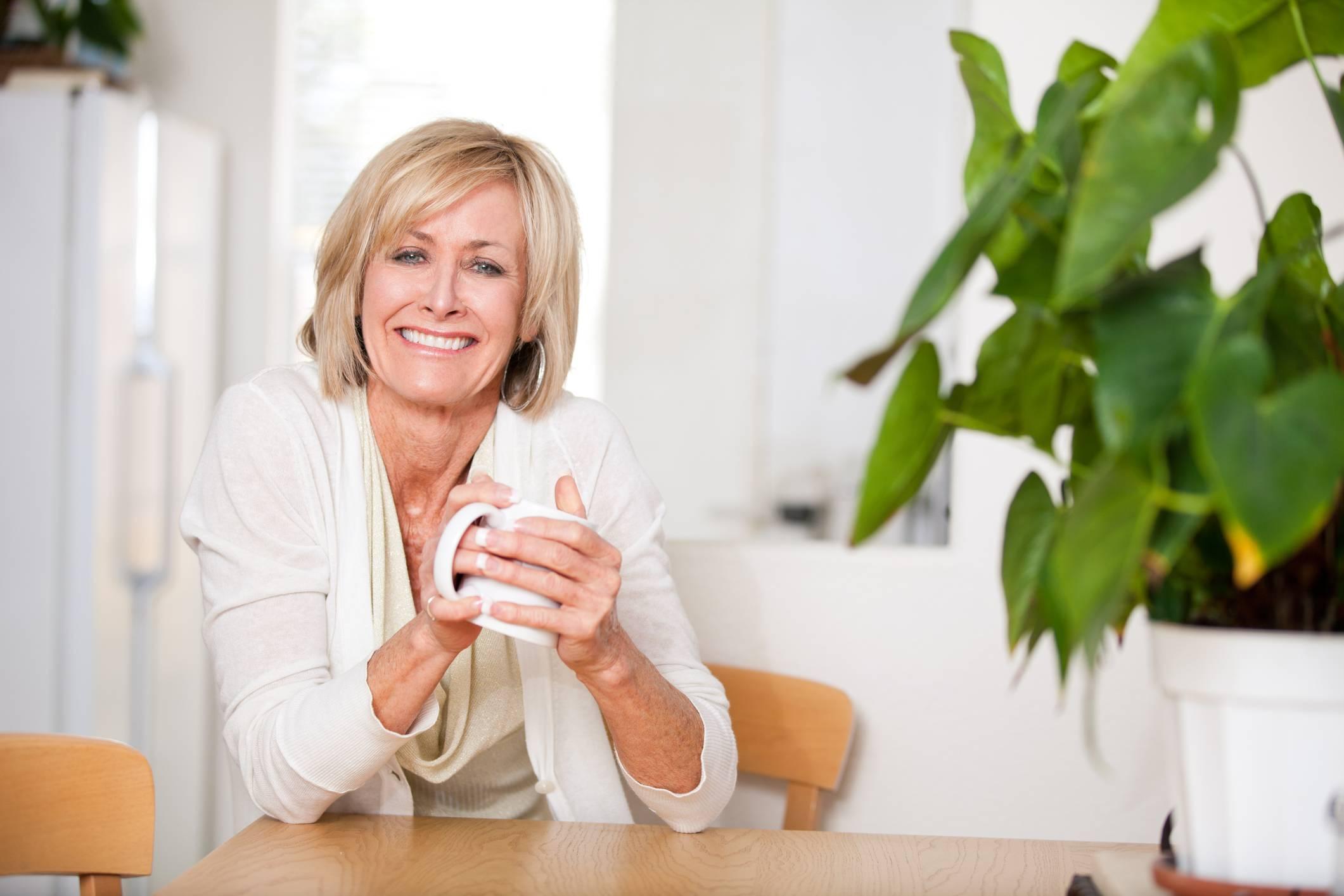 Женщина после 40. сухая кожа и лишний вес – симптомы менопаузы?