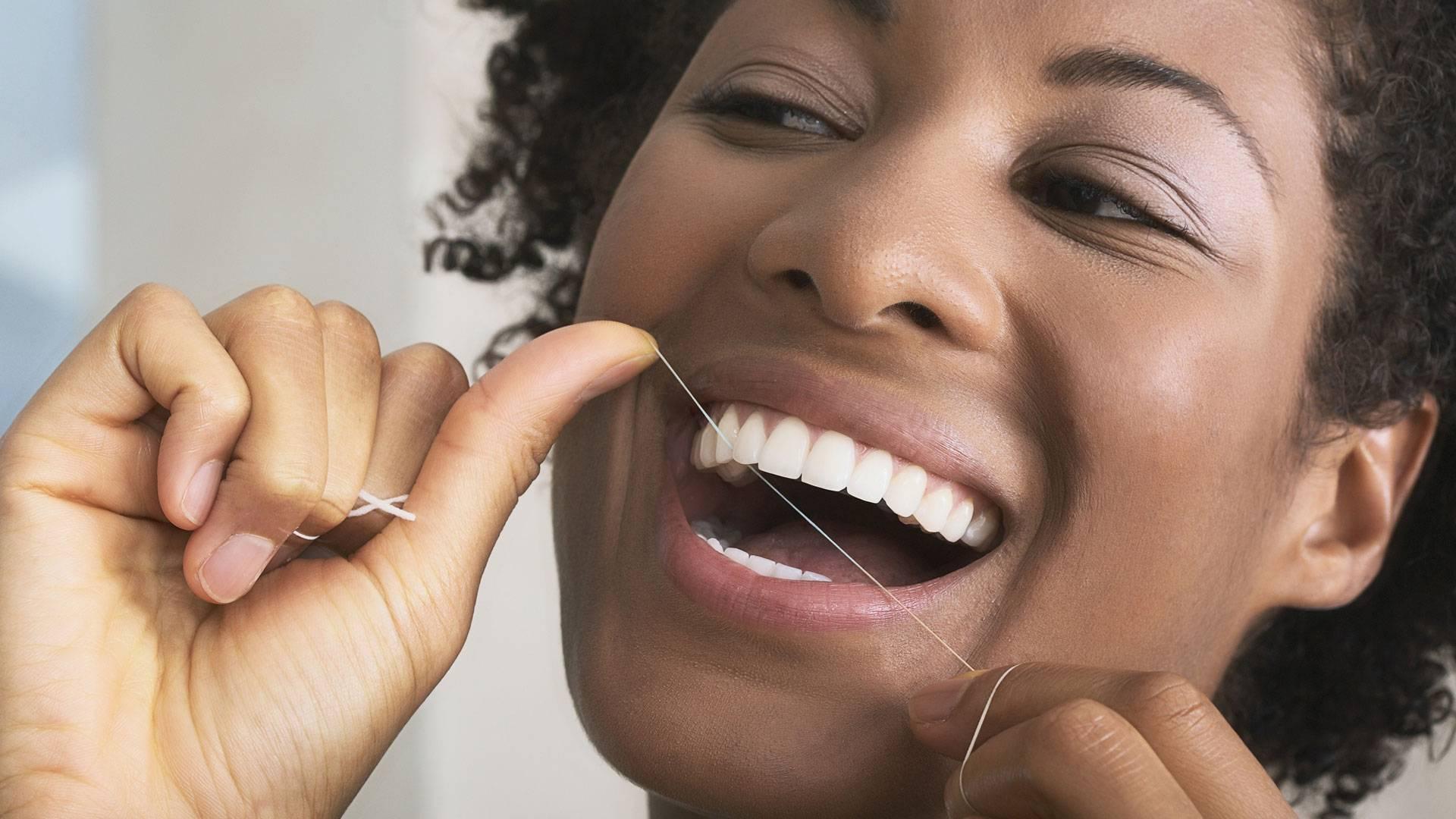 Зубная нить: как правильно пользоваться, особенности чистки