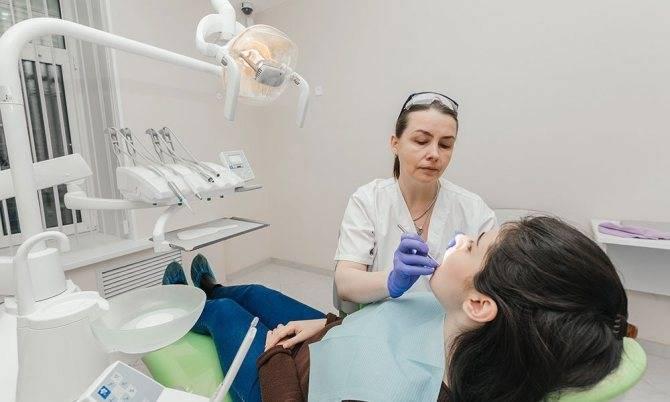 У ребенка заболел зуб: как не покусать стоматолога