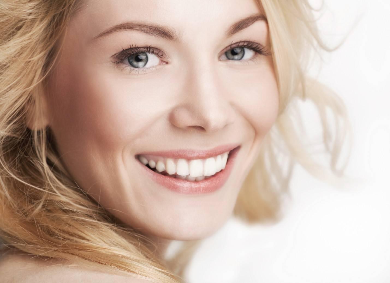 Как научиться красиво улыбаться? упражнения и советы для красивой улыбки