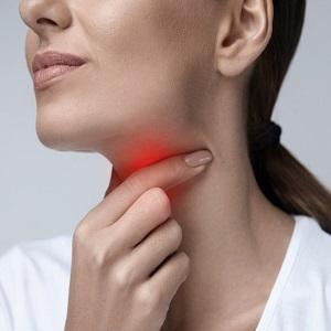 После удаления зуба мудрости болит горло, что делать?
