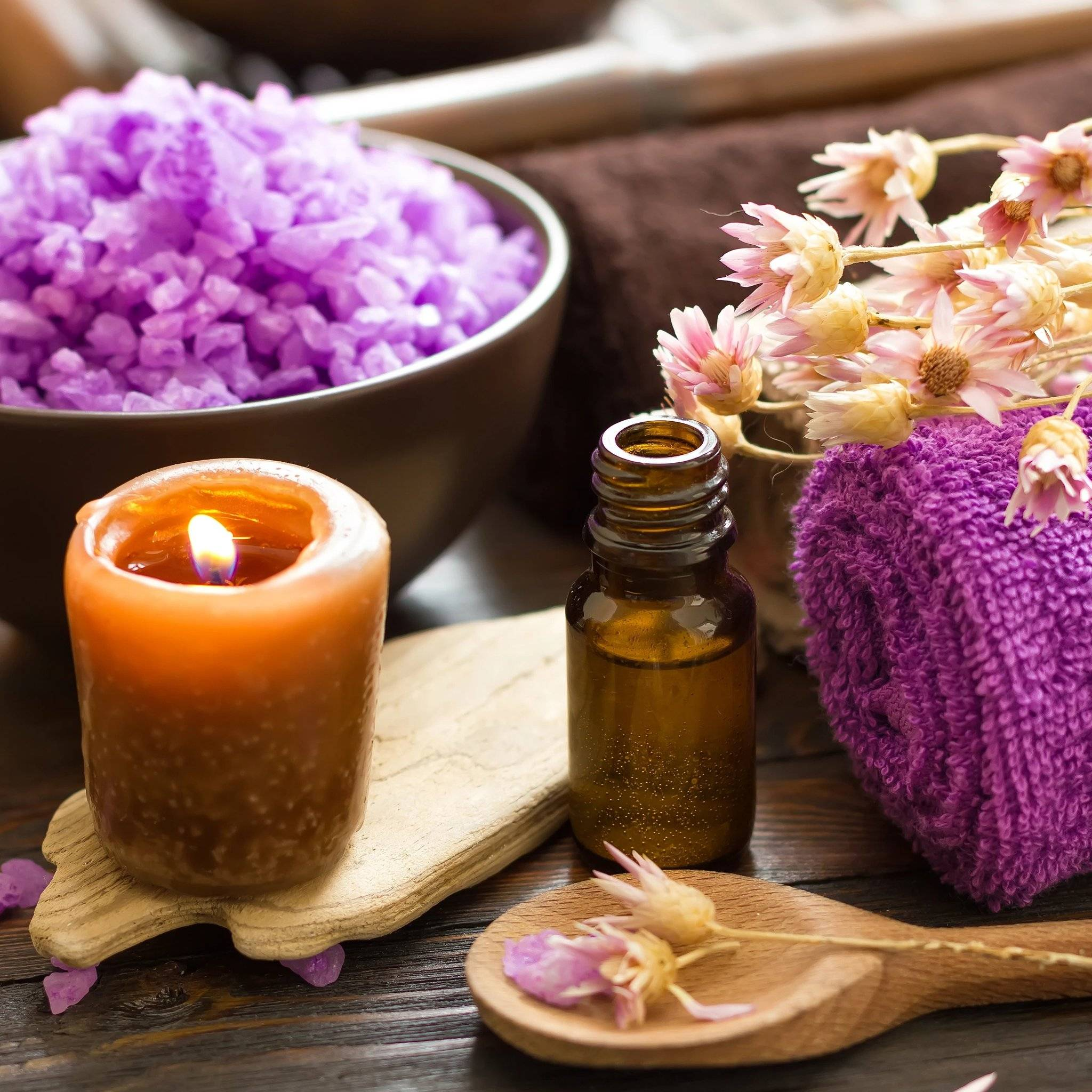 Эфирное масло лаванды – свойства и применение. масло лаванды для кожи лица и волос