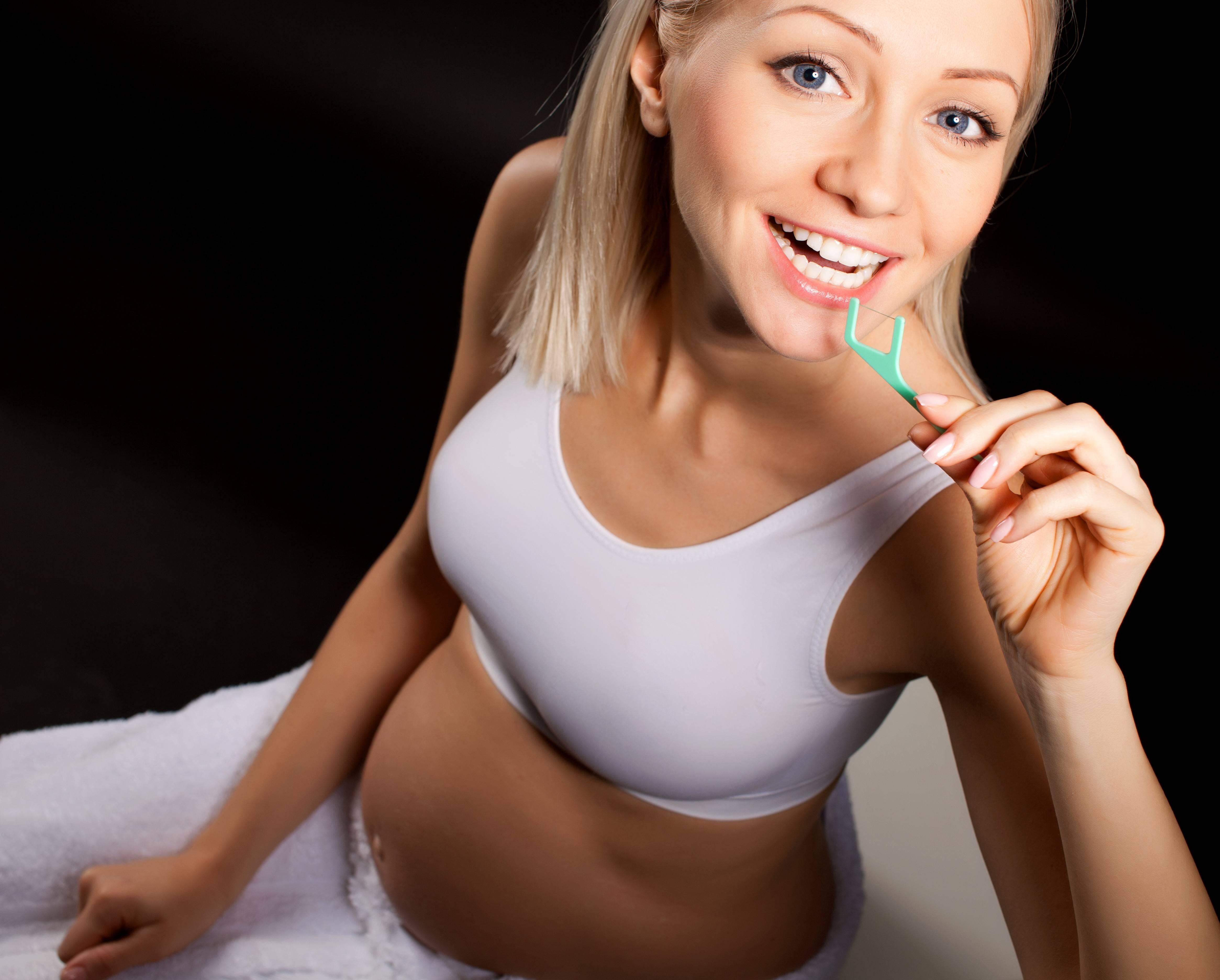 Способы отбеливания зубов при беременности