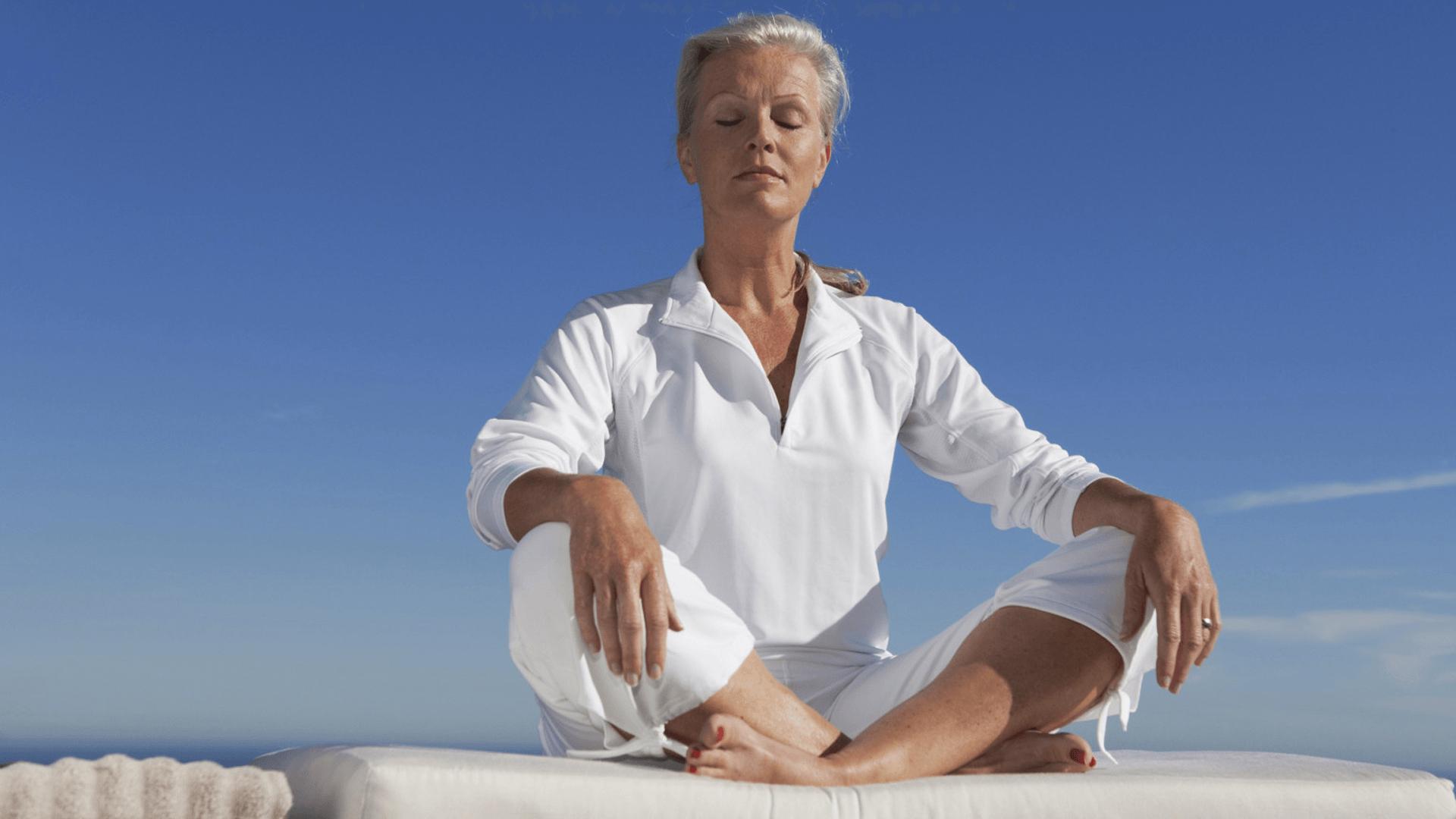 Как отсрочить наступление климакса и избежать неприятных симптомов