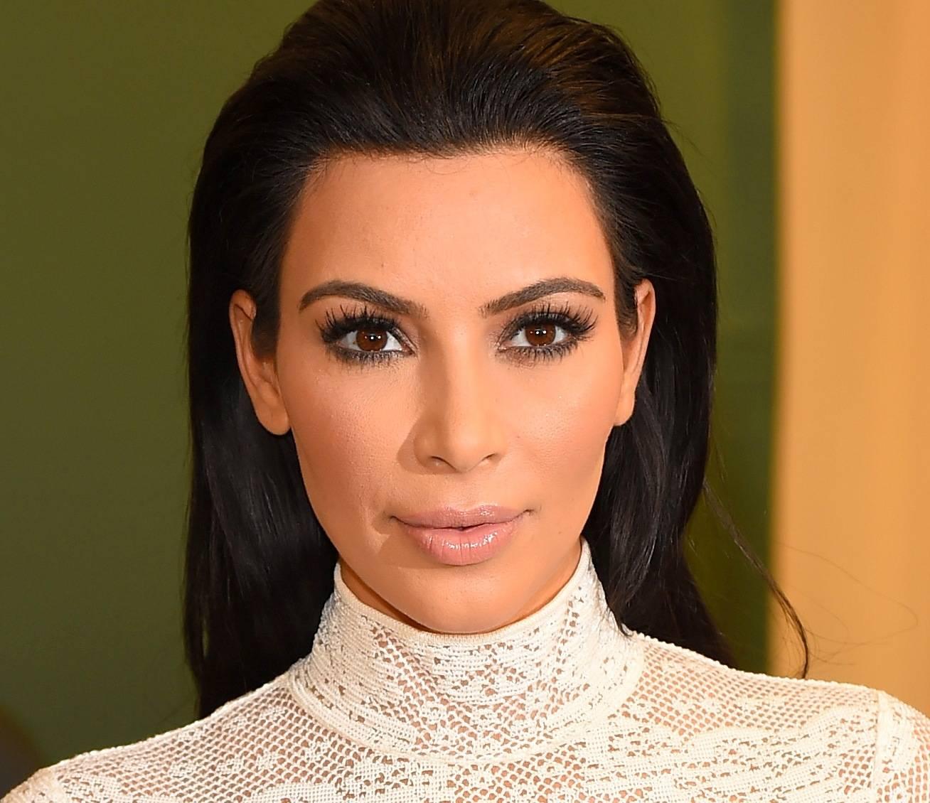 Ким кардашьян. фото, пластические операции, биография, параметры фигуры, рост и вес. как менялась внешность