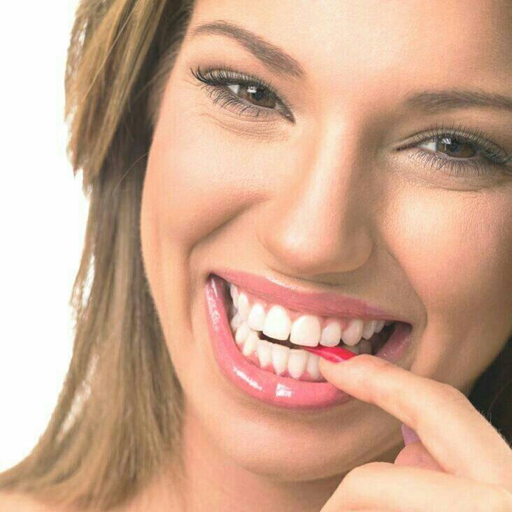 Как научиться улыбаться с помощью специальных упражнений. как сделать улыбку красивой с помощью простых упражнений