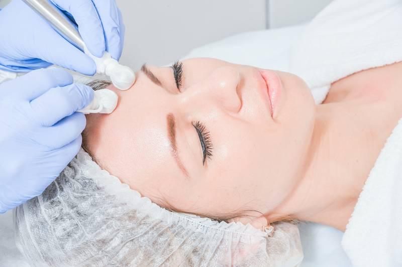 Чистка лица: эффективные методы из арсенала домашних процедур