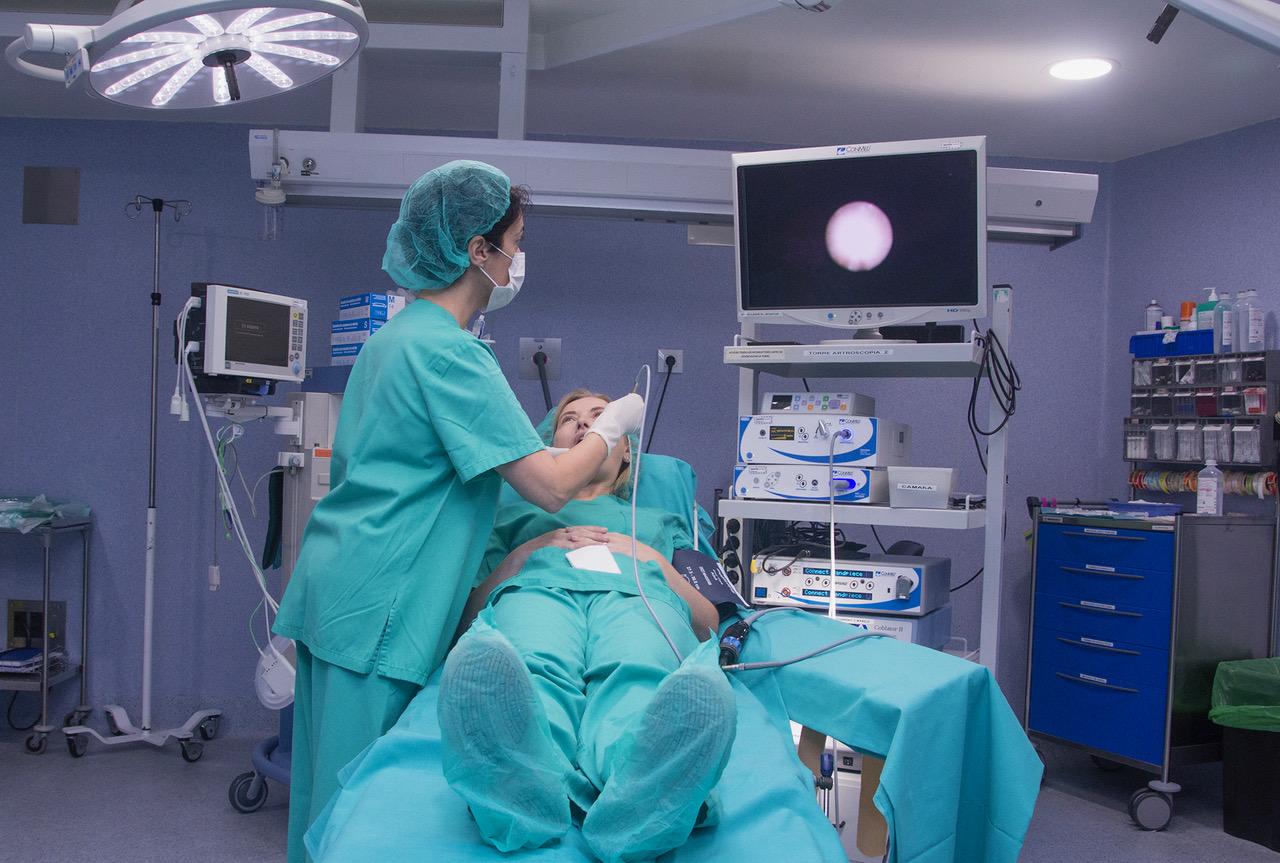 Автореферат и диссертация по медицине (14.01.14) на тему:выбор тактики и объема хирургического лечения больных хроническим калькулезным сиалоаденитом