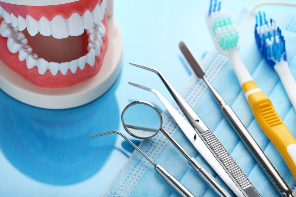 Техника и методика правильного полоскания после операций в полости рта