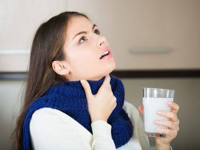 Особенности симптома при котором губы соленые? почему так бывает и что делать?