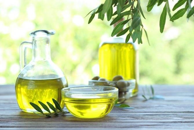 Приём оливкового масла внутрь: свойства и рецепты