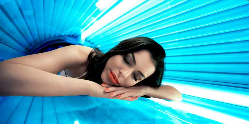 Солярий: вред и польза для женщин
