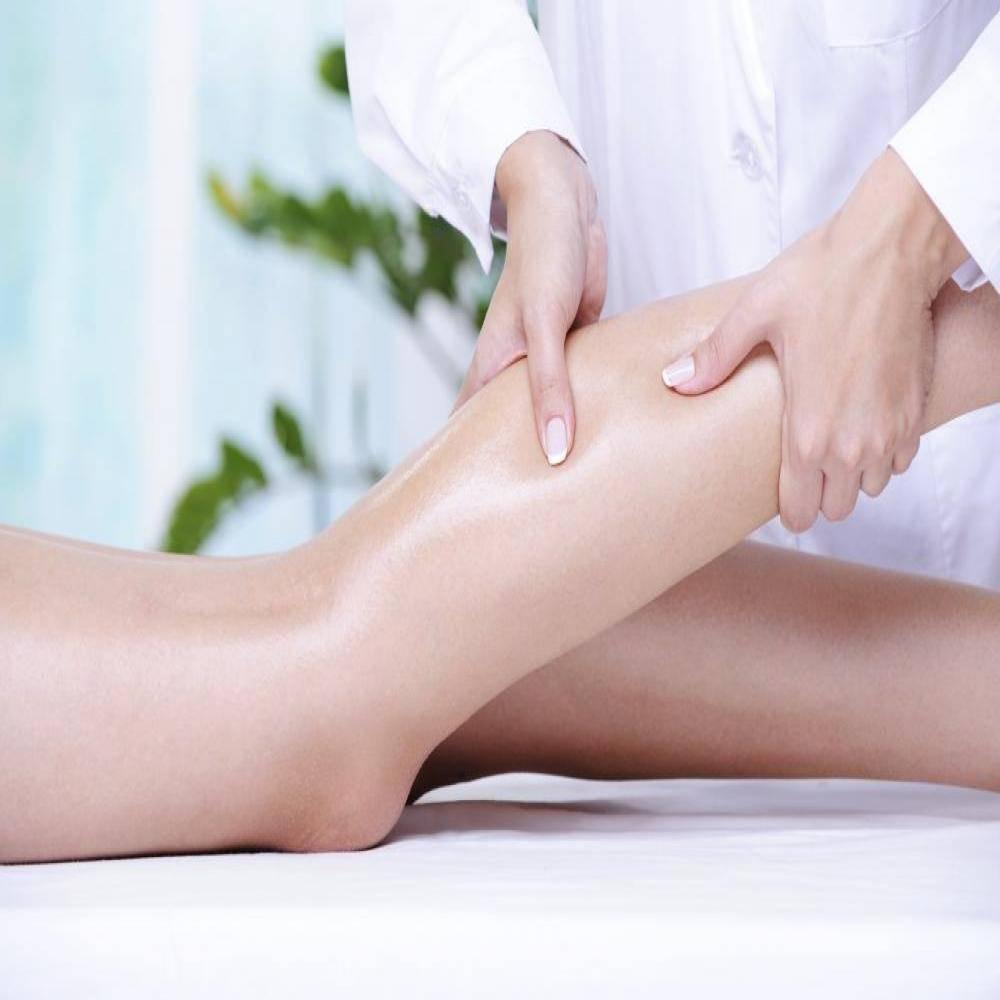 Лимфодренажный массаж: техники, показания и противопоказания