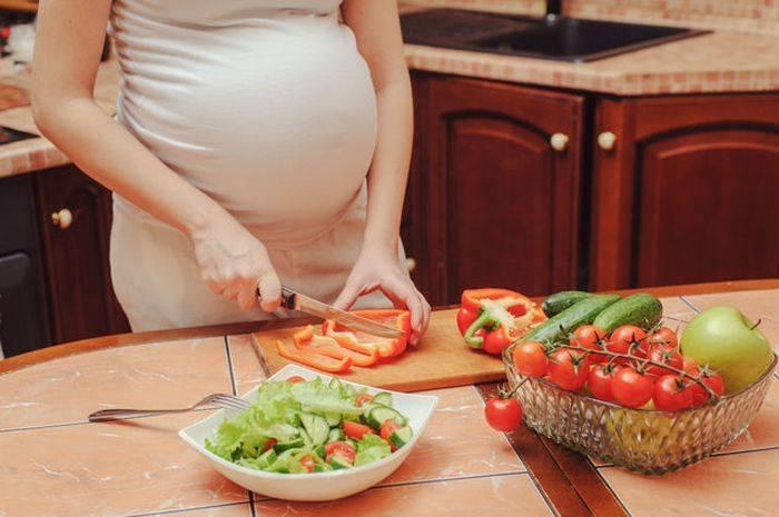 Что нельзя делать беременным по народным приметам?