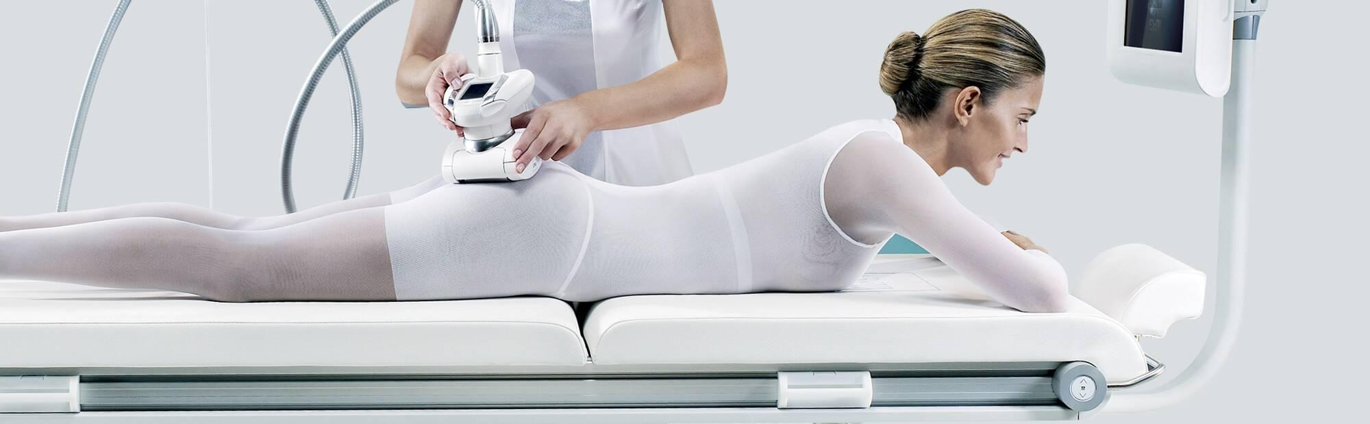 Можно ли делать антицеллюлитный массаж при месячных?