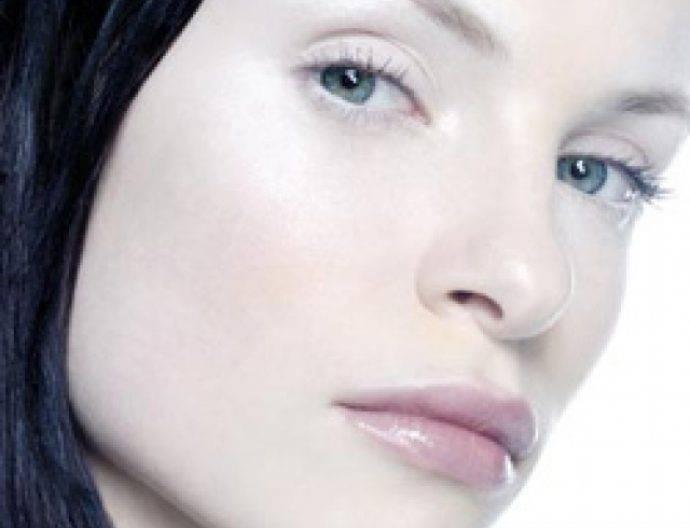 Землисто-серый цвет лица: о чем говорит, что делать?