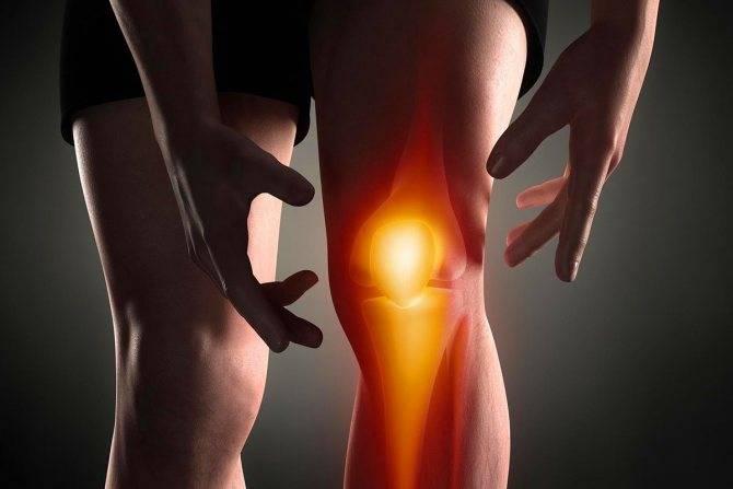 Почему болят суставы: что делать и как лечить