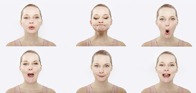 Подтягиваем овал лица: простые домашние методы