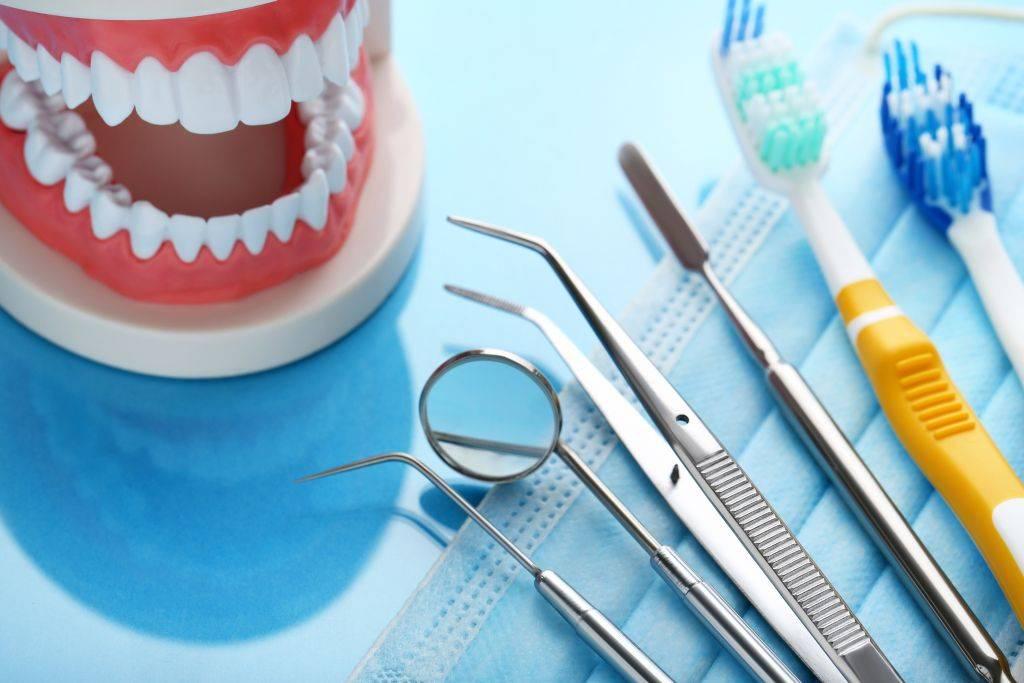 Для быстрого заживления важна правильная диета — питание после удаления зуба