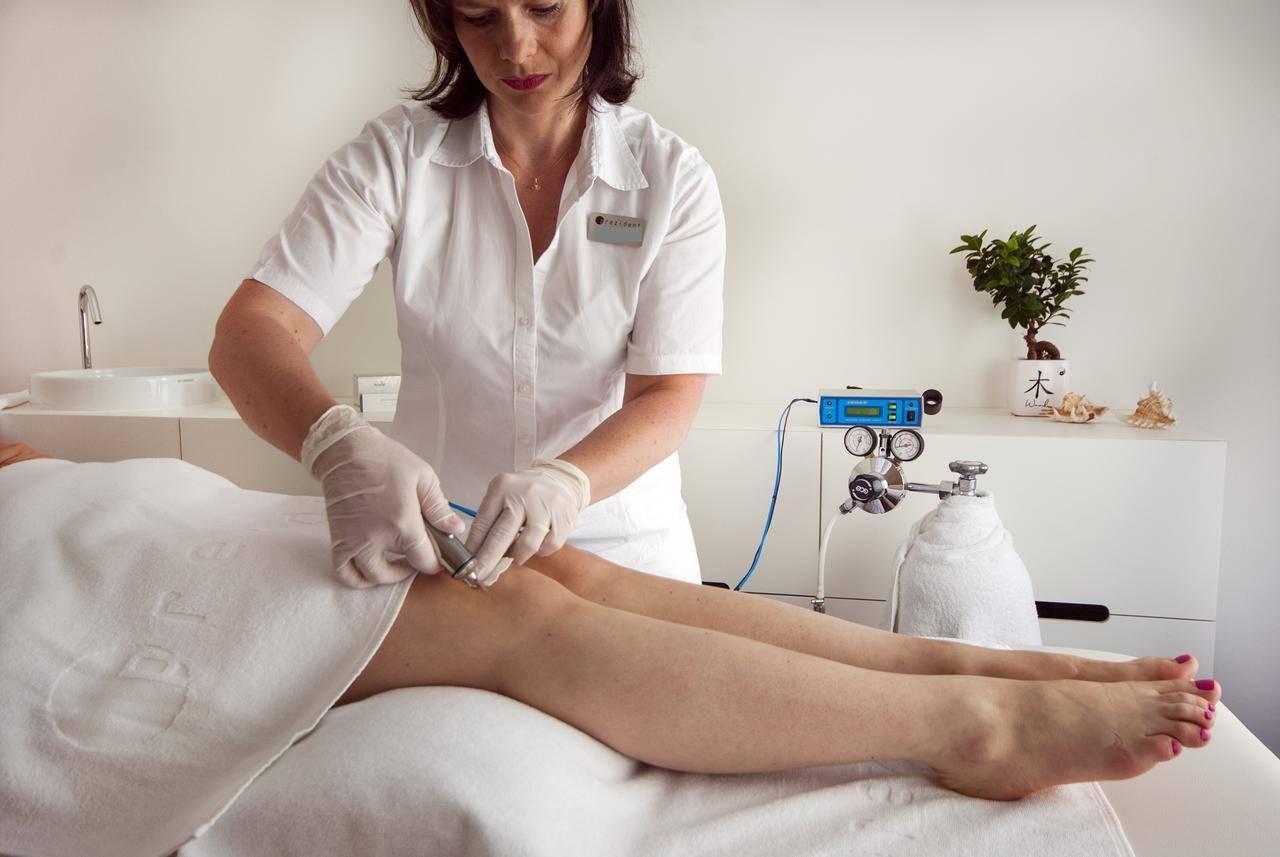 Методика карбокситерапии газовыми уколами для спины и суставов. основные показания и стоимость процедуры