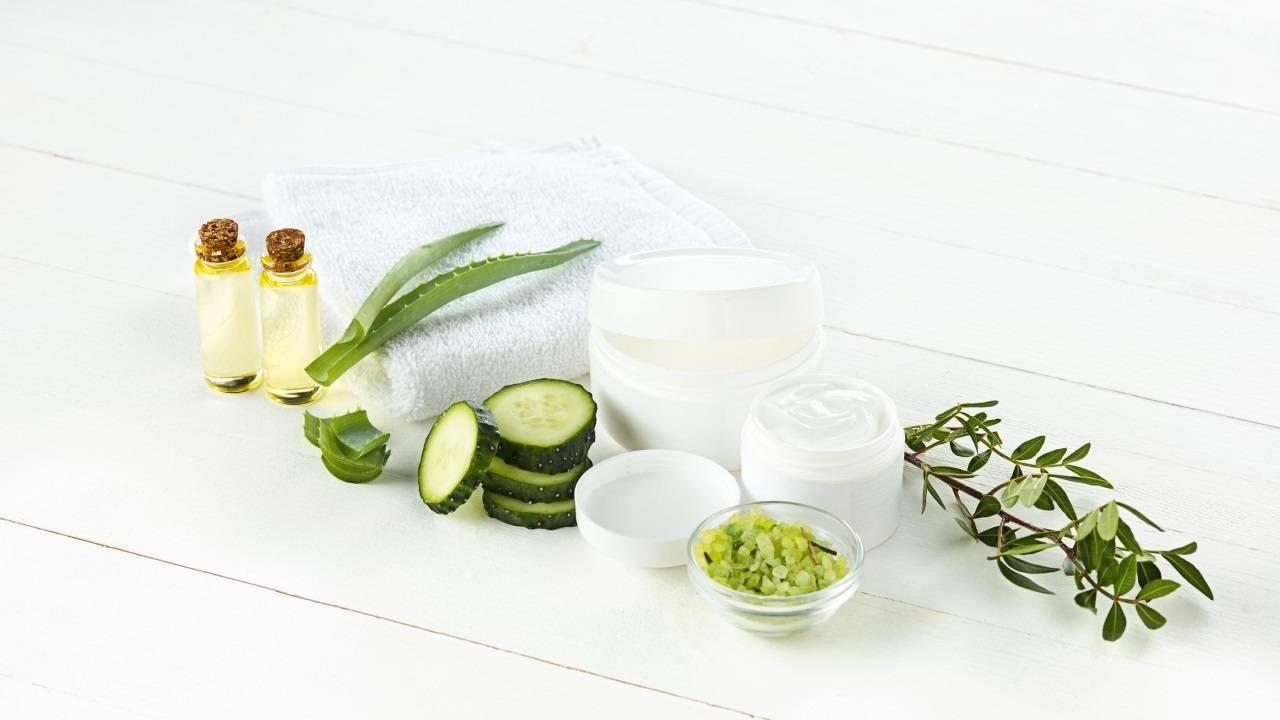 Рецепты более 15 масок из алоэ для лица в домашних условиях