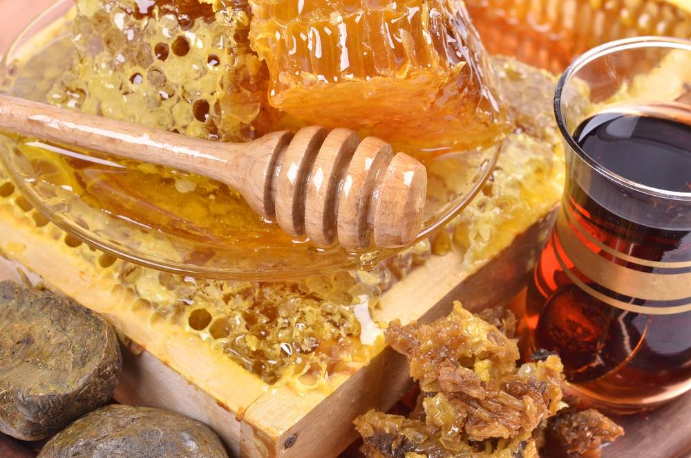 Можно ли лечить стоматит медом: рецепты, противопоказания для детей и взрослых