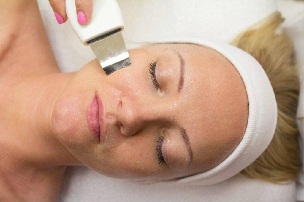 Преимущества и особенности лазерной чистки лица