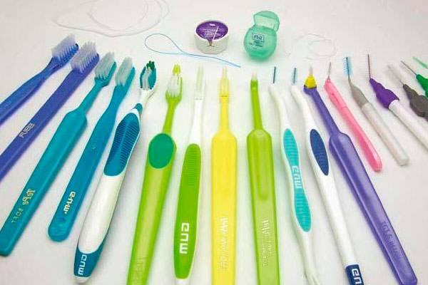 Обзор зубных щеток по уходу за брекетами