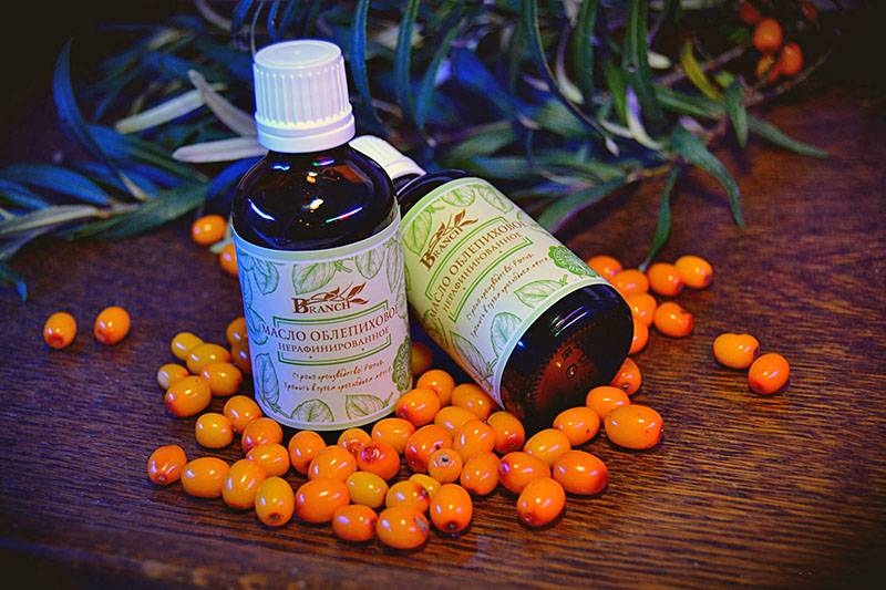 Облепиховое масло для лица: полезные свойства и правила применения