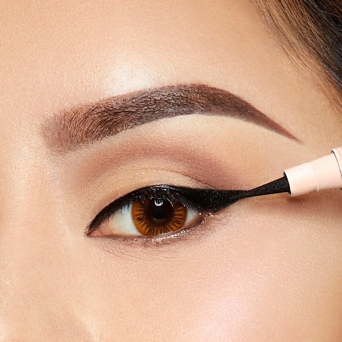 7 самых популярных видов стрелок для глаз