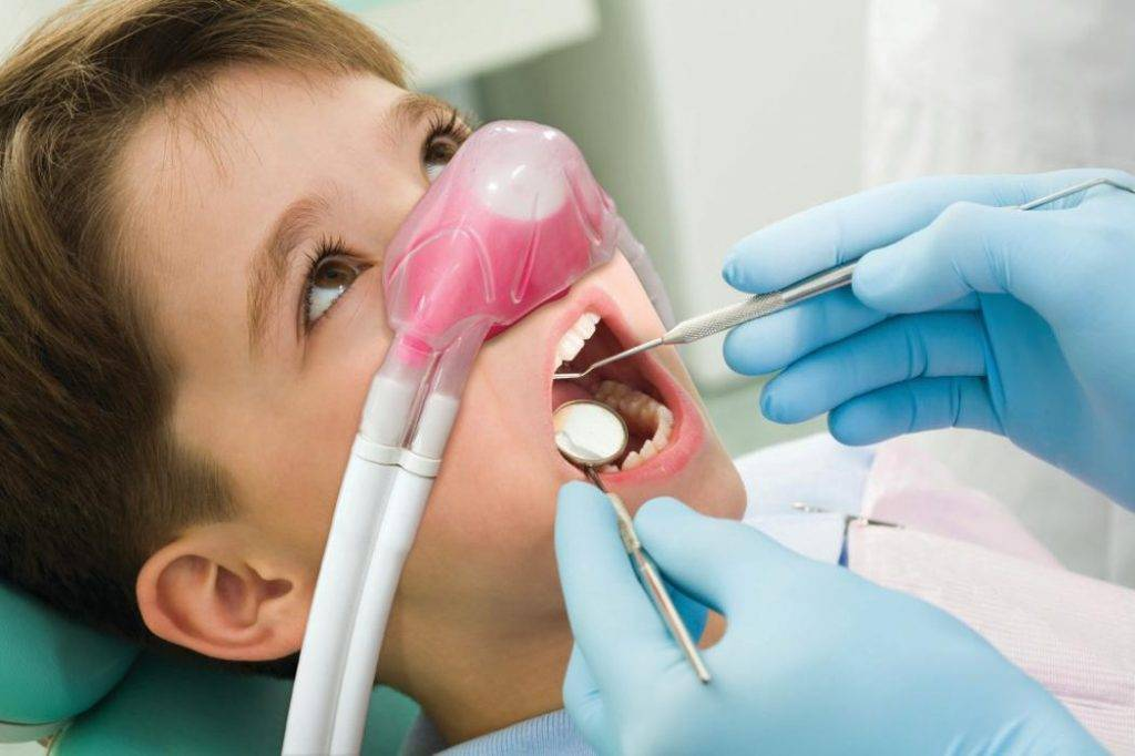 Лечение и удаление зубов под общим наркозом: плюсы и минусы