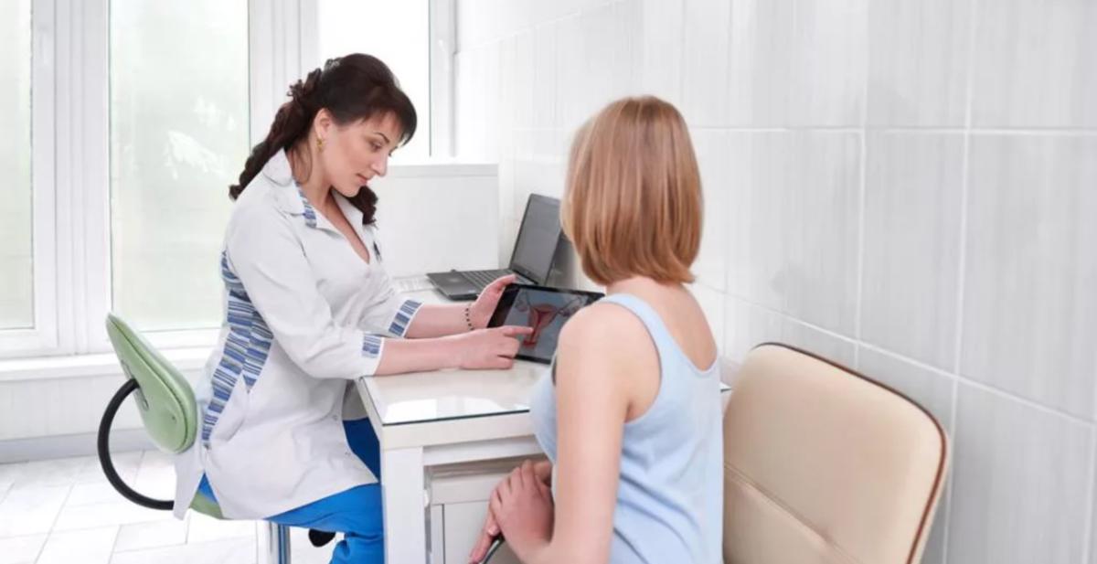 Какими способами гинеколог определяет беременность, сроки и процесс осмотра