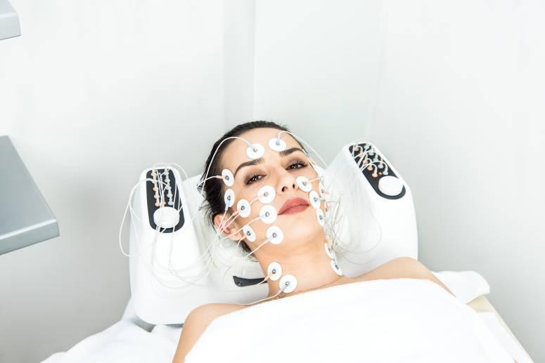 В чем заключается коррекция тела при миостимуляции, что рекомендуется до и после процедуры, отзывы о ней и фото результатов