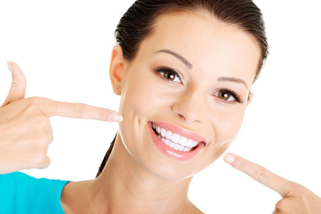 Как научиться красиво улыбаться: полезные советы