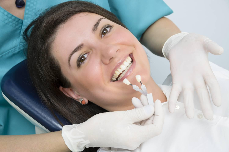 Удаление зуба: показания, противопоказания, этапы процедуры, возможные осложнения