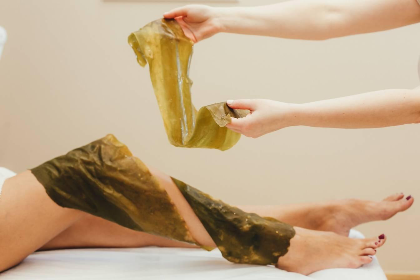 Дары моря для красивой кожи: как проводится обертывание водорослями