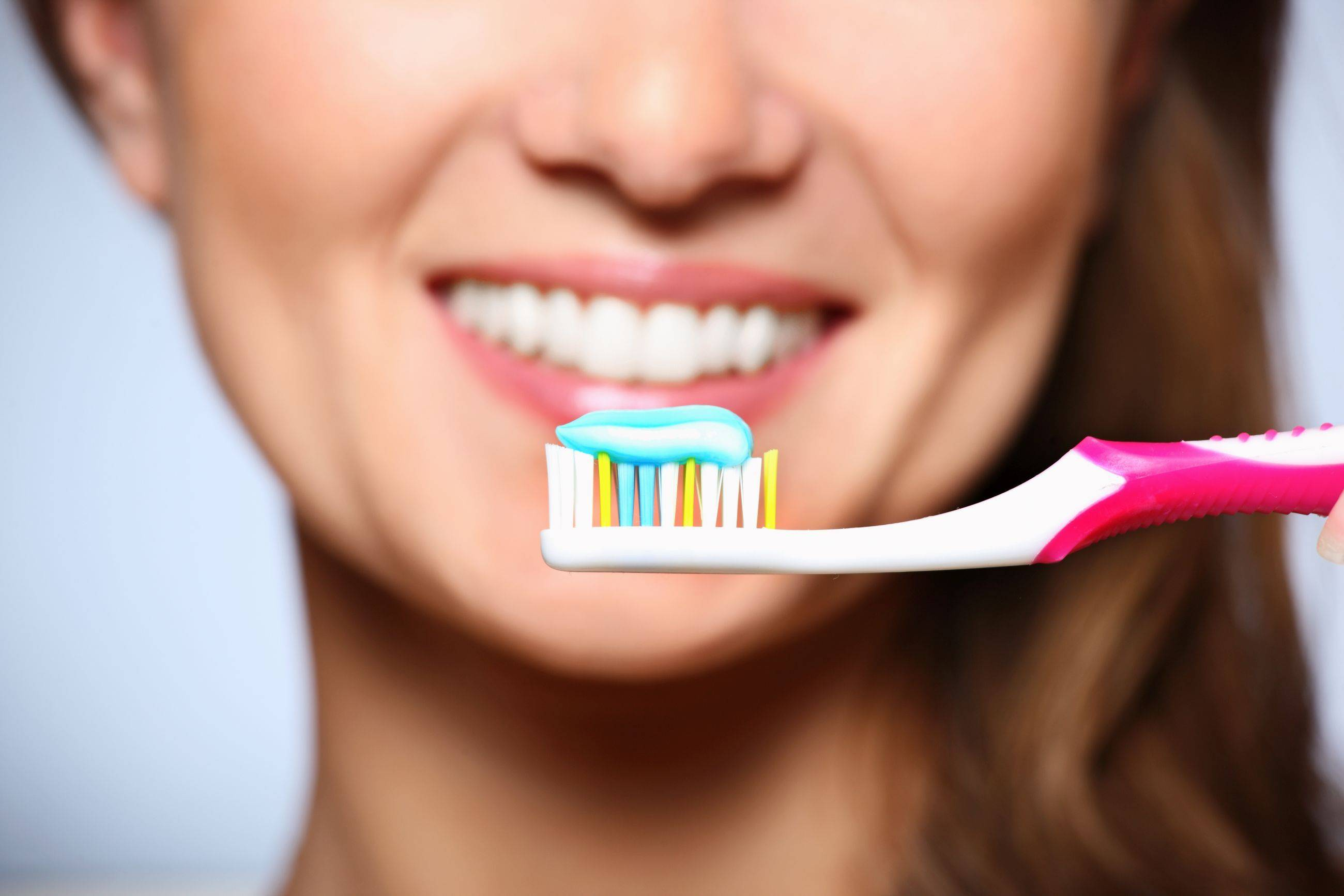 О пользе и вреде зубной пасты