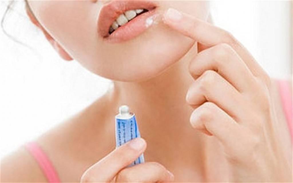 Зубная паста от герпеса на губах: можно ли мазать, как использовать