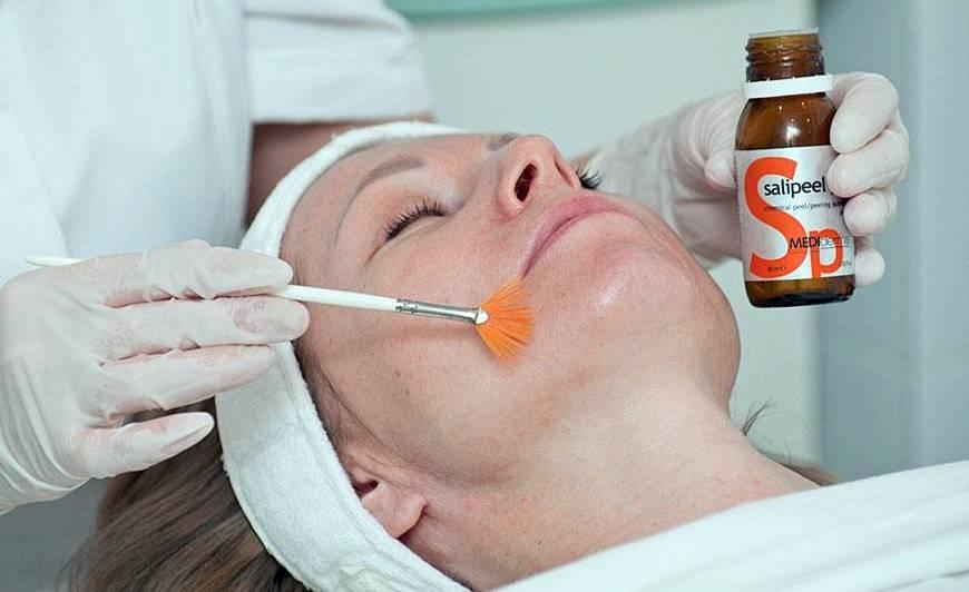Как действует на кожу азелаиновая кислота?