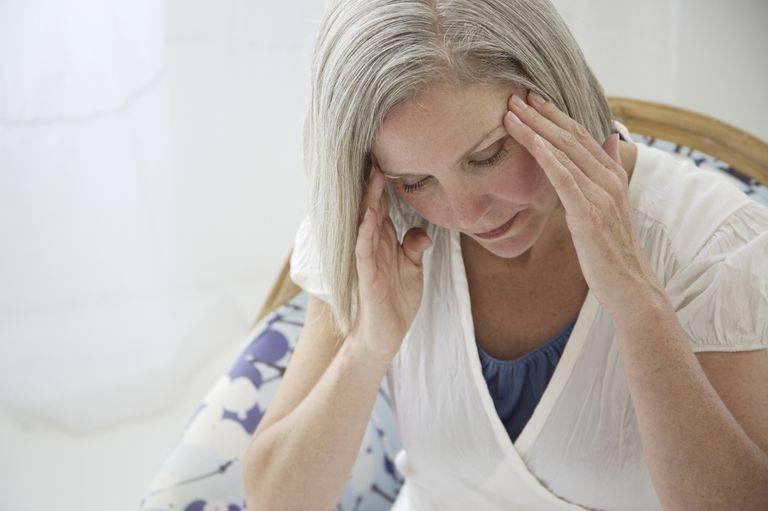Мигрень в связи с начинающимся климаксом, предклимактерическая мигрень