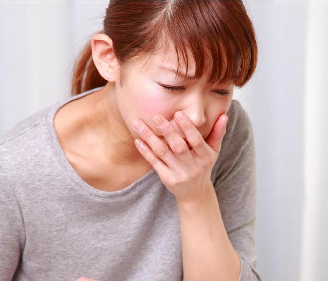 Сильные головные боли перед месячными: способы лечения
