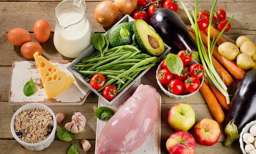 Как увеличить грудь: список полезных продуктов